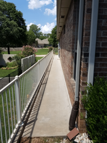 Many Homeowners ask about the cost for replacement of their concrete slab. This is a great example of how lifting with POLY level can save homeowners hundreds in comparison