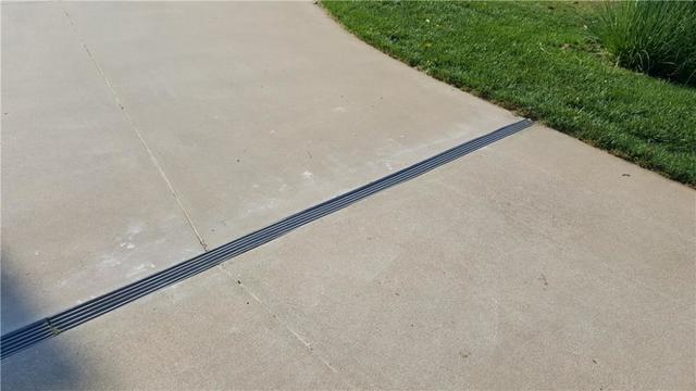 Ways to Prevent Driveway and Sidewalk Damage - Image 1